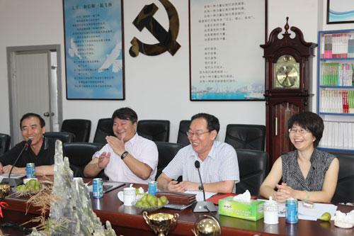 威海紫光生物科技开发有限公司董事长兼总经理李泥亭就企业的发展谈了